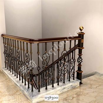 手工锻造铁艺楼梯038300的图片