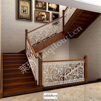 手工锻造铁艺楼梯066807的图片