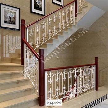 手工锻造铁艺楼梯074000的图片