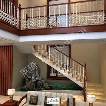手工锻造铁艺楼梯512021的图片