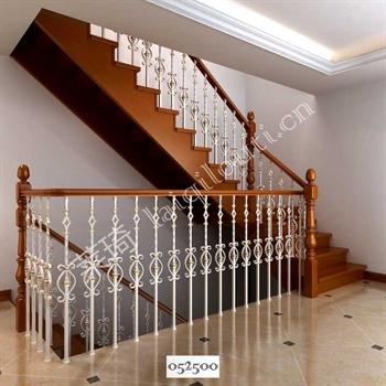手工锻造铁艺楼梯052500的图片