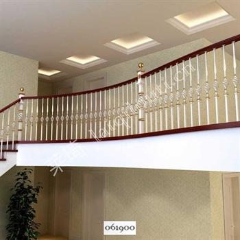 手工锻造铁艺楼梯061900的图片